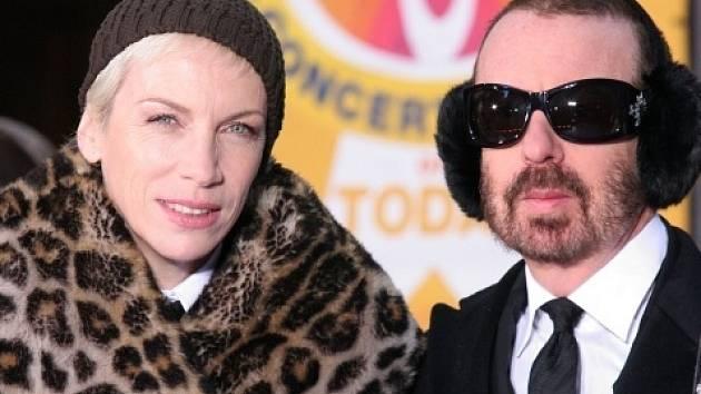 Britské rockové duo Eurythmics.