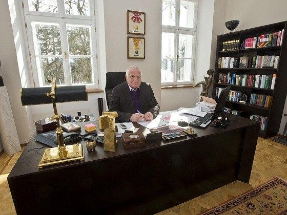 Václav Klaus ve své pracovně na pražské Hanspaulce
