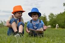 Děti a knihy - Ilustrační foto