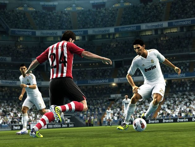 Počítačová hra Pro Evolution Soccer 2013.