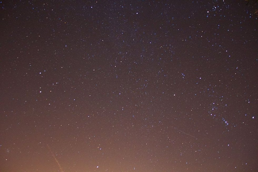 Geminidy pozorované nedaleko britského Bathu 13. prosince 2014