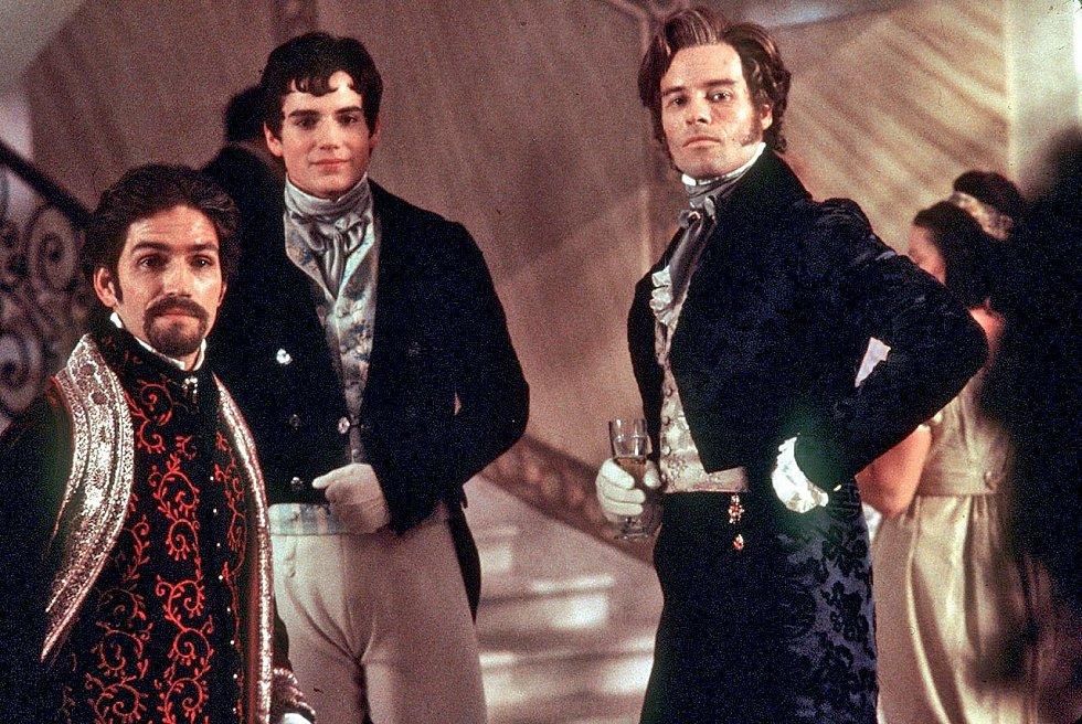 V dobrodružné klasice Hrabě Monte Cristo si Henry (uprostřed) zahrál syna hlavního hrdiny.