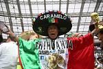 Mexičtí fanoušci při duelu svých oblíbenců s reprezentací Německa.