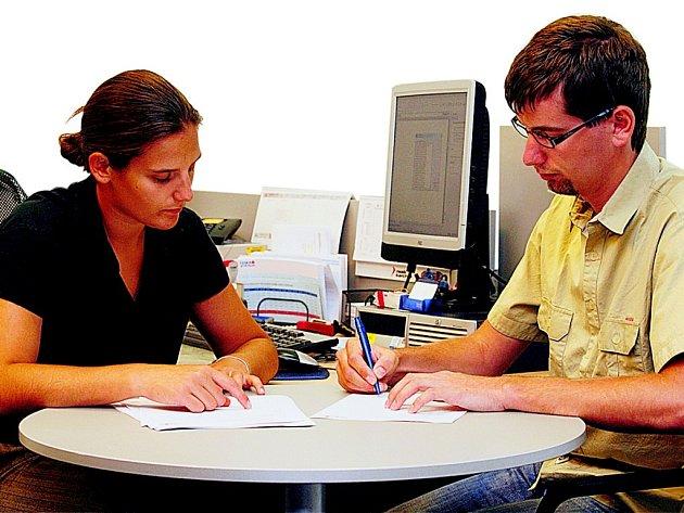 První kroky zájemce o spotřebitelskou půjču by měly vést  do domácí banky, která má o klientovi dostatek informací.