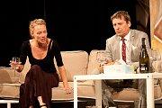 Linda Rybová v představení Tři verze života