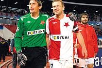 Radost ve tvářích Martina Vaniaka (vlevo) se Stanislavem Vlčkem po vydařném vstupu do Ligy mistrů byla jasně čitelná.