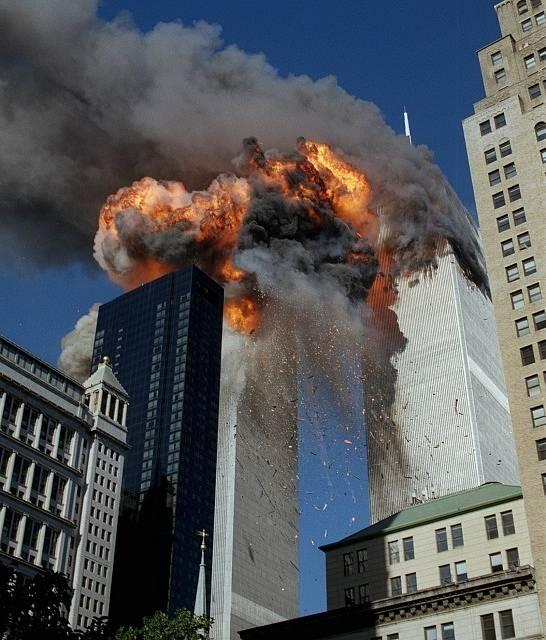 Teroristický útok na Světové obchodní centrum v New Yorku 11. září 2001.