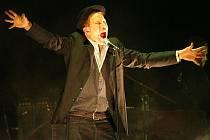 V Pražském kongresovém centru vystoupil vpondělí americký zpěvák Tom Waits