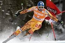 Manuel Osborne-Paradise míří za vítězstvím ve sjezdu v italské Val Gardeně.