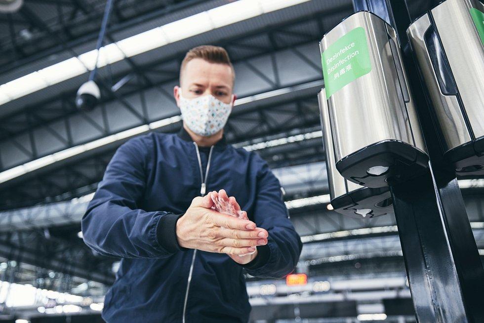 Na Letišti Václava Havla Praha platí již několik měsíců celá řada ochranných opatření
