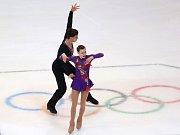 Krasobruslaři Anna Anna Dušková a Martin Bidař získali na olympijských hrách mládeže stříbro.