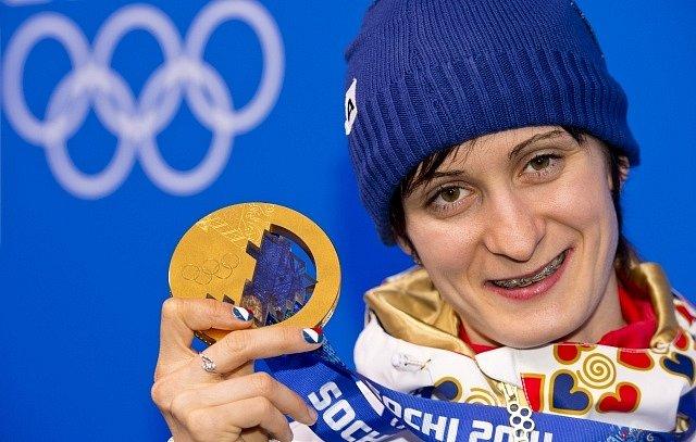 Martina Sáblíková přidala ke stříbru i zlato ze závodu na 5000 m.