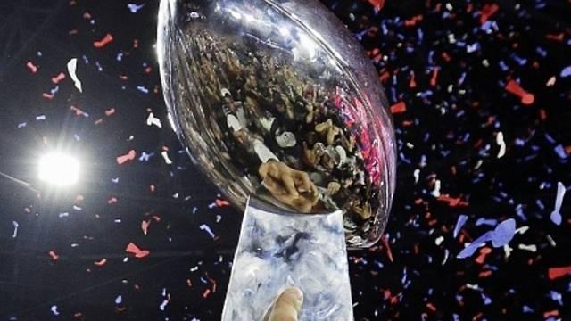 Slavná trofej pro vítěze Super Bowlu.