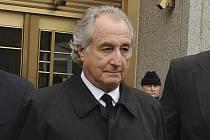 Americký finančník Bernie Madoff na snímku z 10. března 2009