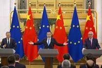 Summit Číny a EU. Donald Tusk, Li Keqiang, Jean-Claude Juncker