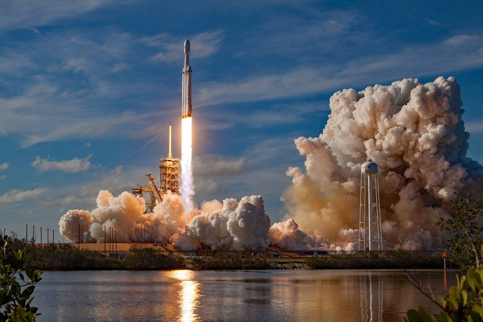 Start rakety Falcon Heavy.