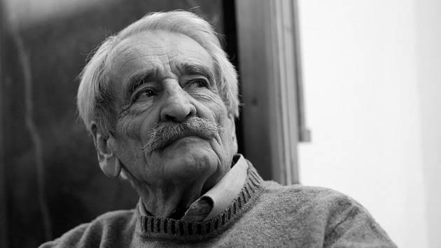 Herec Divadla Járy Cimrmana Jaroslav Weigel zemřel ve věku 88 let