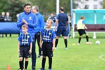 Ambasador české akademie Interu Milán, bývalý fotbalista Javier Zanetti, na ukázkovém tréninku