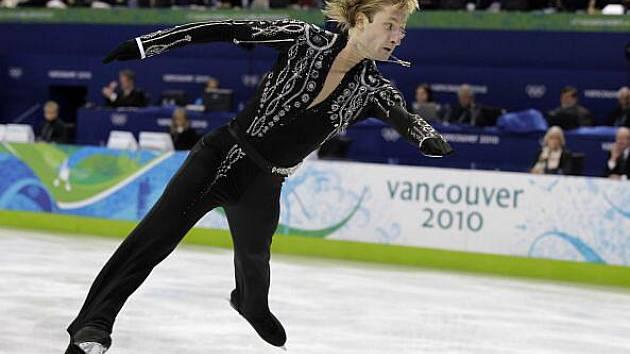 Rus Jevgenij Pljuščenko zajel nejlepší krátký program.