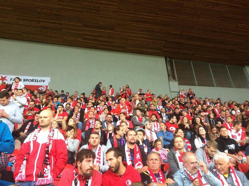 Šlágr Slavia – Plzeň zažil redaktor Deníku přímo na věhlasné tribuně Sever.