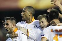 Nelíčená radost fotbalistů Valencie, kteří doma rozstříleli Basilej
