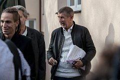 Politická debata lídrů politických stran ve Středočeském kraji organizovaná Deníkem proběhla 4. října ve Všetatech. Andrej Babiš