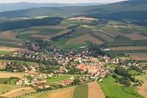 Ještě před 200.000 let se u bavorské obce Neualbenreuth na hranici s Českou republikou odehrála sopečná erupce, tvrdí němečtí vědci.