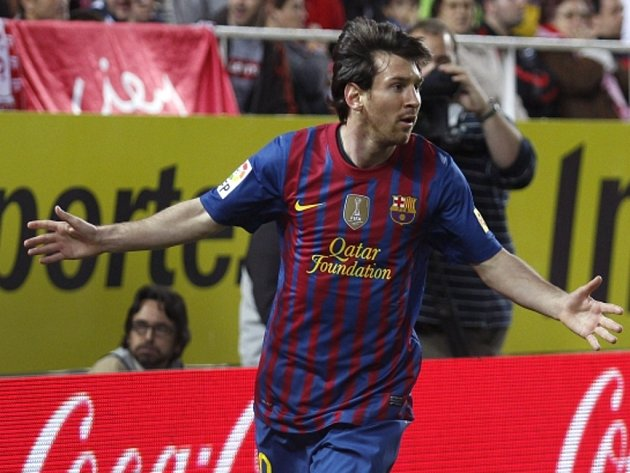 Hvězda Barcelony Lionel Messi se raduje z gólu.