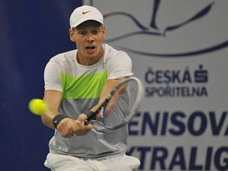 Tomáš Berdych ve finále extraligy v Prostějově.