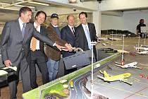 V Hamburku funguje největší modelové letiště na světě.