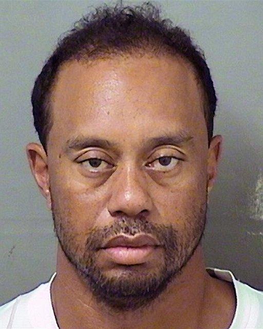 Tiger Woods během zatčení za řízení pod vlivem alkoholu.