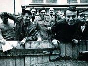 Slavní režiséři tak zvané československé nové vlny, na snímku v popředí Věra Chytilová, Miloš Forman a Jiří Menzel.