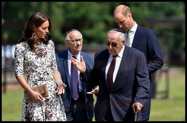 Královský pár při setkání s pamětníky