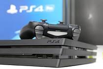 Herní konzole Playstation 4 společnosti Sony