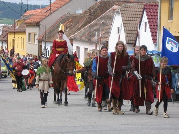 V Jevišovicích slavili povýšení obce na město.