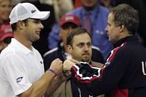 Tenista Andy Roddick (vlevo) a bývalý kapitán amerického daviscupového týmu Patrick McEnroe na snímku z roku 2007.