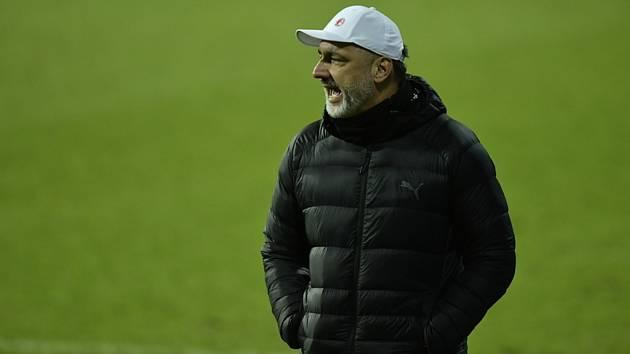 Trenér fotbalistů Slavie Jindřich Trpišovský