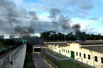 Při vzpouře ve věznici Anísio Jobim zemřelo 56 lidí