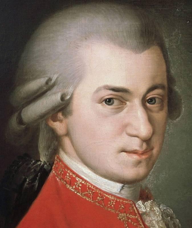 Hudební génius Wolfgang Amadeus Mozart. V prvních letech života koncertoval společně se svojí sestrou Nannerl.