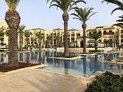 Sever Afriky umí nabídnout opravdový luxus. V hotelovém resortu najdete vše od bazénu přes mořské pobřeží po wellness a fitko.