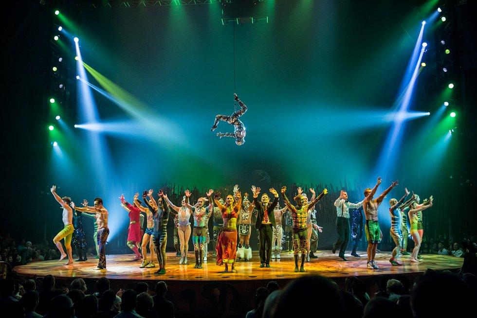 Cílem představení je přinést emotivní zážitek a přenést diváky do světa snů a magie