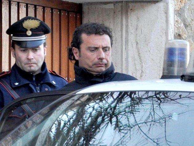 Kapitán výletní lodi Costa Concordia Francesco Schettino.
