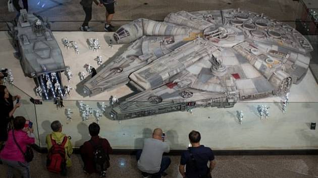 Millennium Falcon ze sci-fi sagy Star Wars