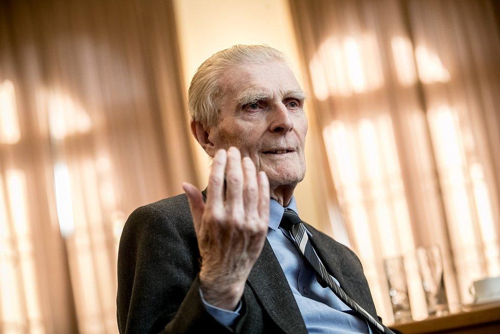 Historik Robert Kvaček.