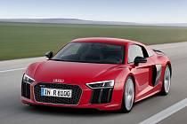 Audi R8 V10 plus.