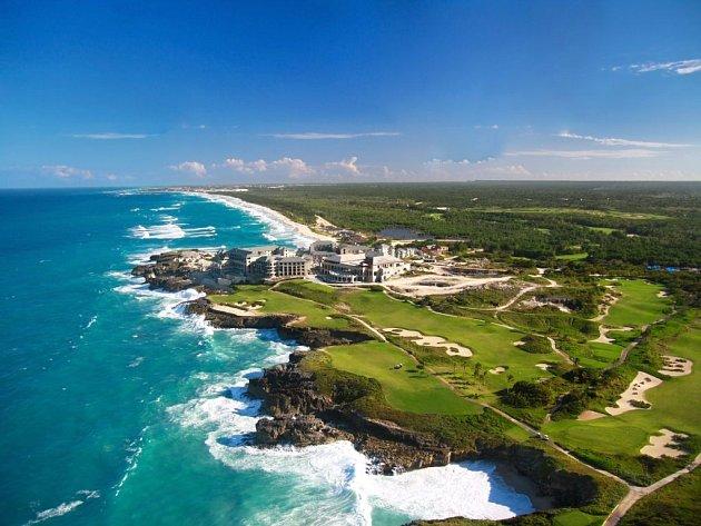 Perla Karibiku, Dominikánská republika. Pohled shora, z vrtulníku...