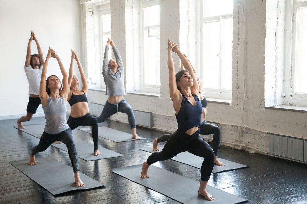 Pilates je zábava. Lidé z lekcí odcházejí s lepší náladou.