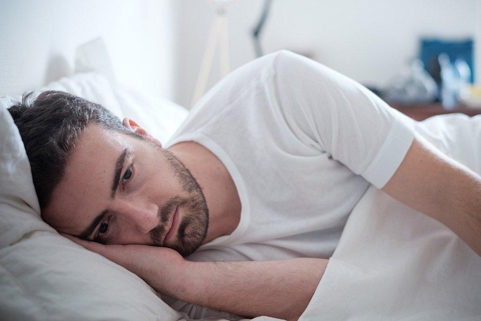 Ponocování může mít za následek deprese a psychické problémy.