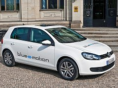 Elektromobil Volkswagen Golf.