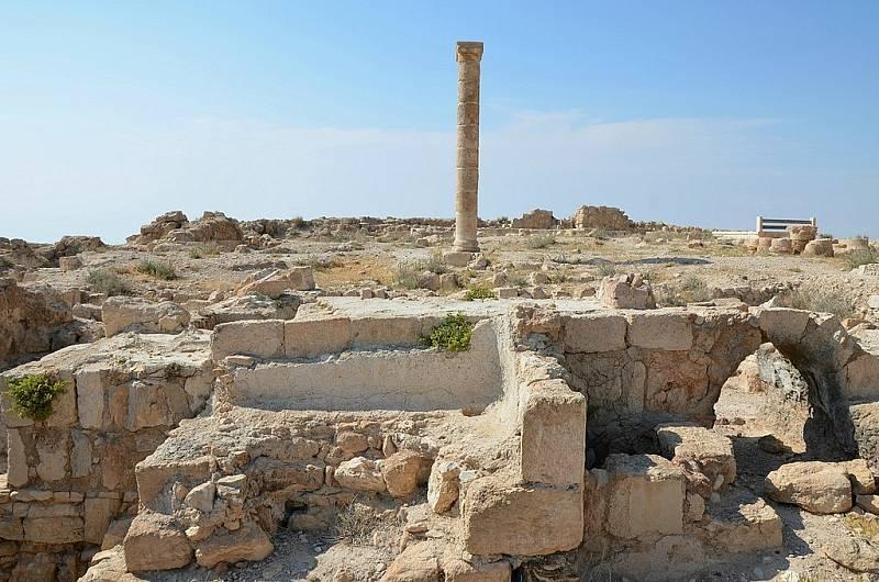 Archeologové objevili nádvoří už v roce 1980